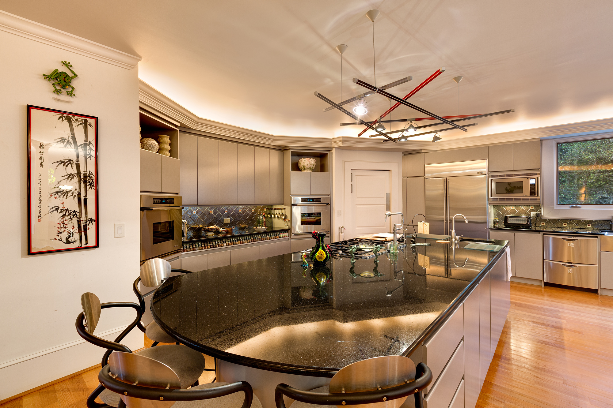 "State of the art ""gourmet kitchen riverview parkway"